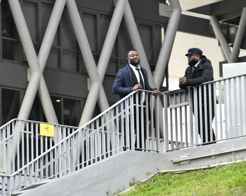 【Kelly Online】進入校園須逐一檢查證件 知專聘黑人保安駐守校園
