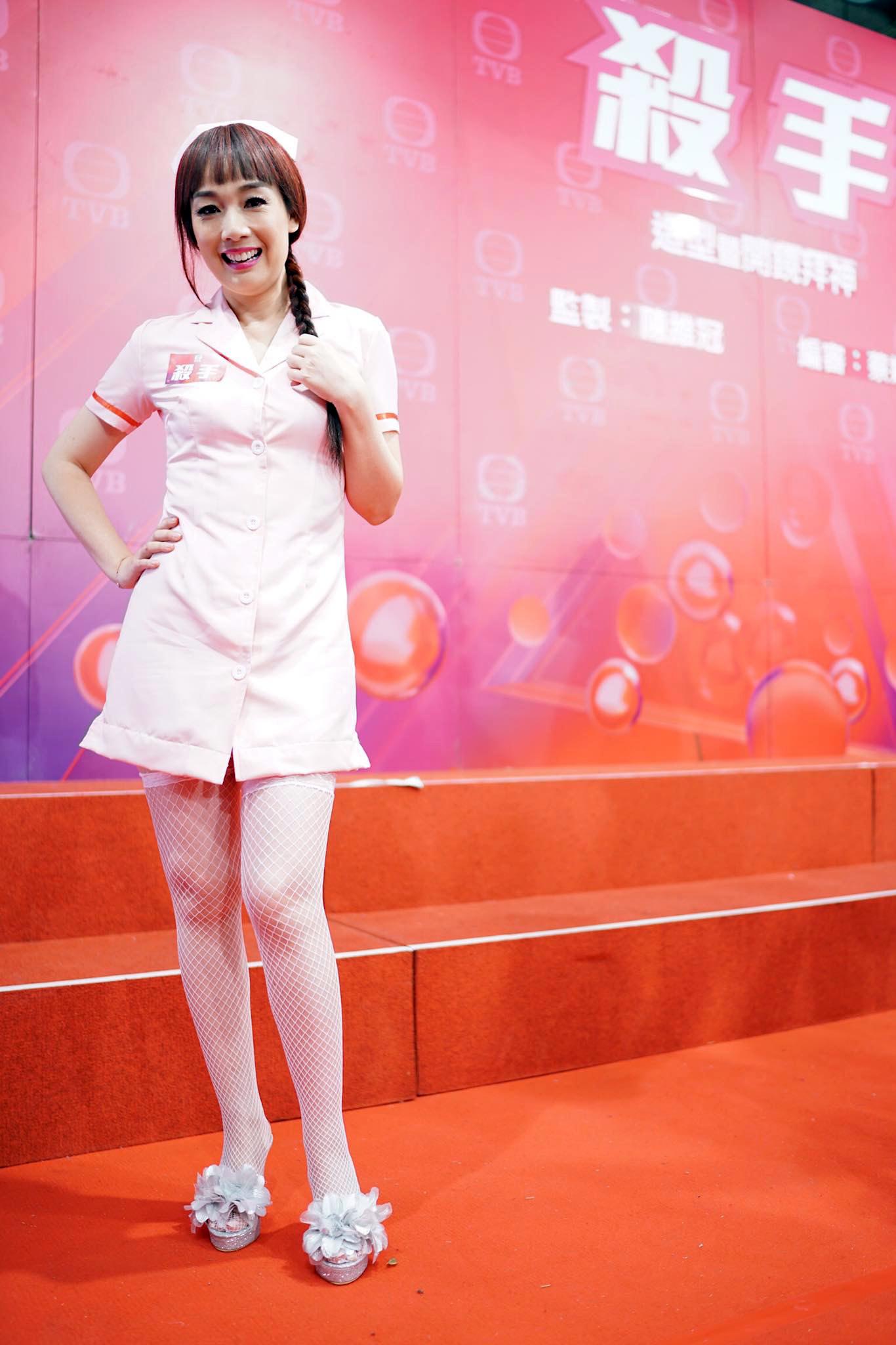 今年同TVB轉一年一Show,轉約前拍最後一個劇《殺手》扮一樓一鳳的鳳姐。