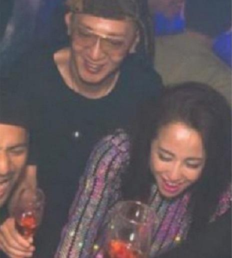 澤尻英龍華經常孖時裝設計師男友橫川直樹夜蒲(左)。