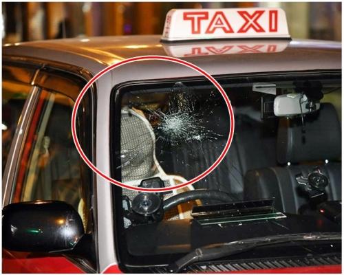 駕駛態度惹禍 的哥尖沙嘴遭拖出車圍毆至半昏迷