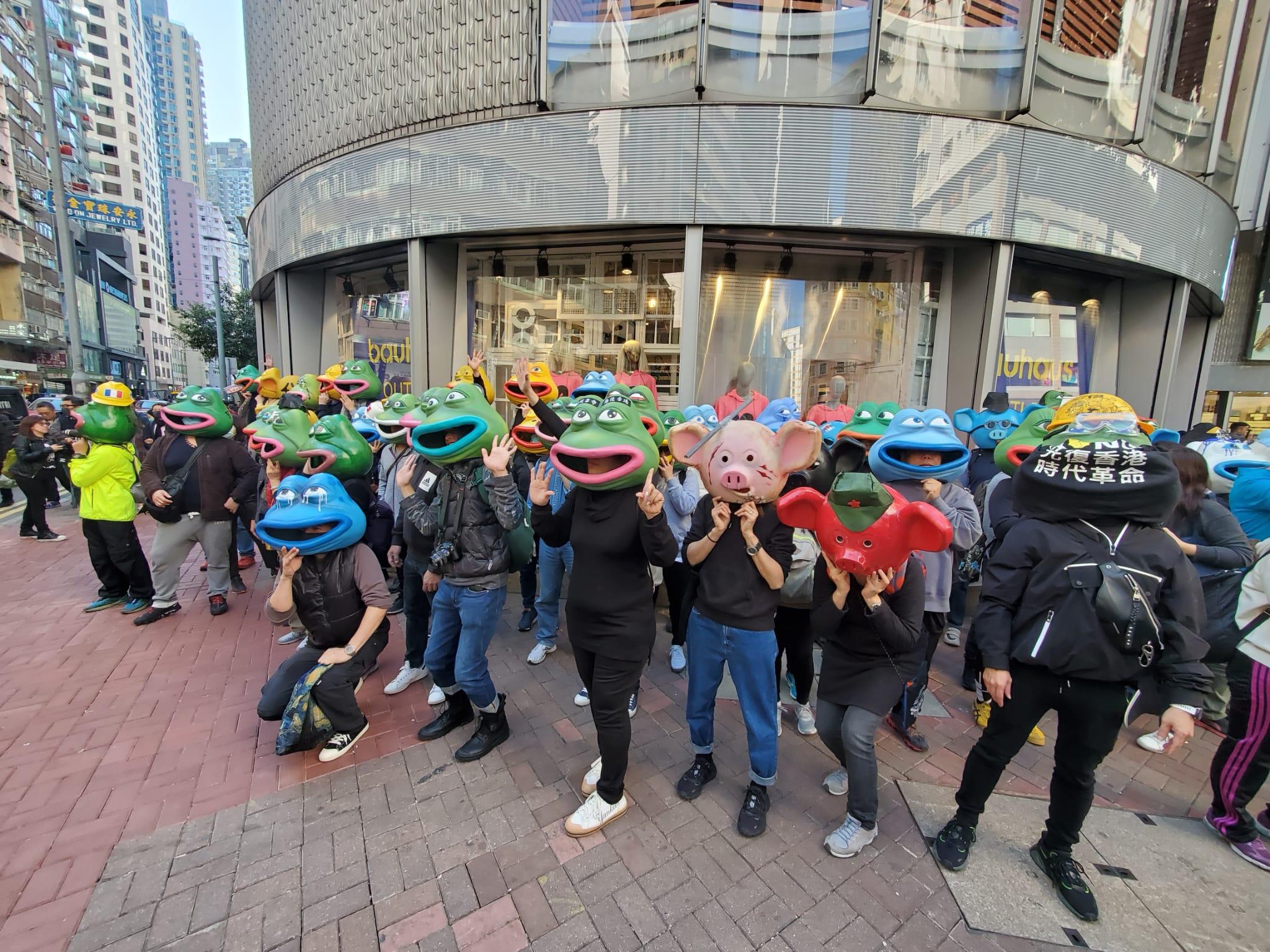 【修例風波】遊行人士擠滿軒尼詩道東西行線 隊頭抵中環