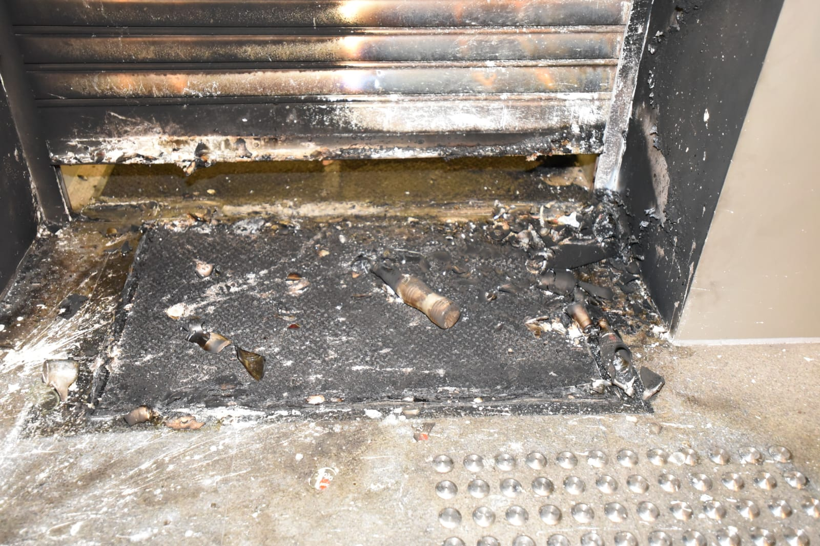 高院遭縱火。