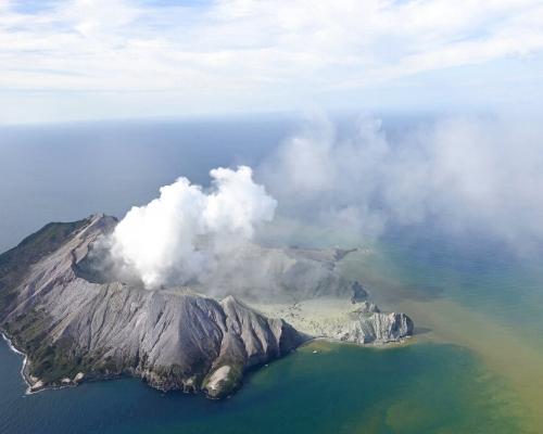 新西蘭懷特島火山爆發至少5人死亡  料死亡人數或會增