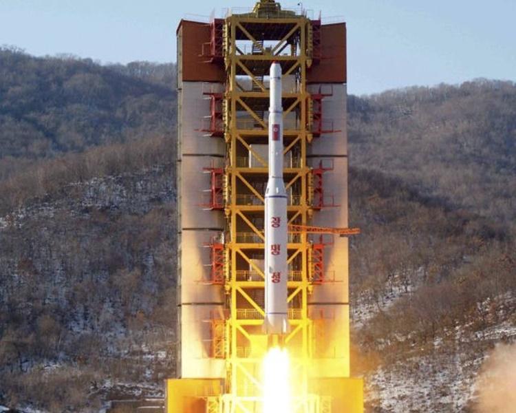 朝中社指北韓在西海衛星發射場進行了極其重大試驗。網圖