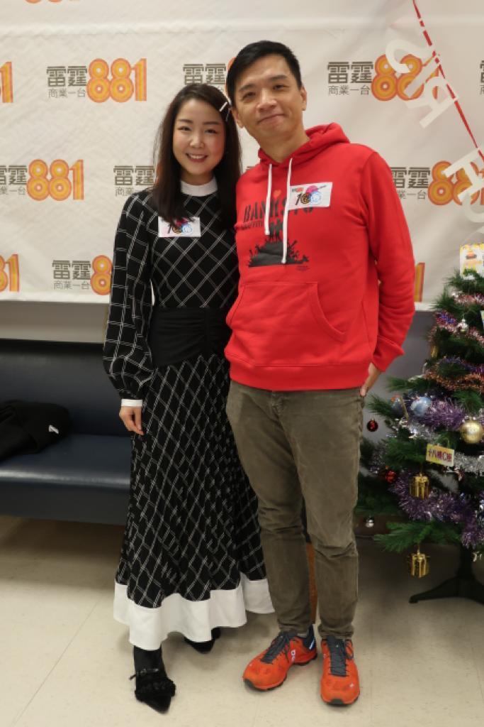 陳輝陽(右)表示無懼社會氣氛影響照開騷,仲宣布加開2月15日一場。