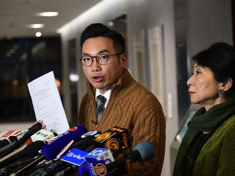 公民黨楊岳橋指,蒙面法無助解決社會不安。