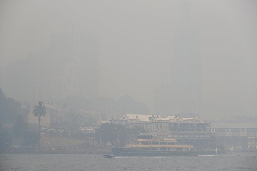 澳洲雪梨遭烟雾笼罩。图片