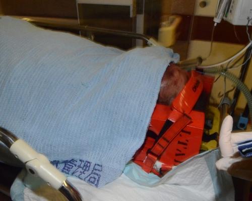 獨行賊潛觀塘龍皇酒樓爆竊 保安巡樓撞破遭打頭綁手命危