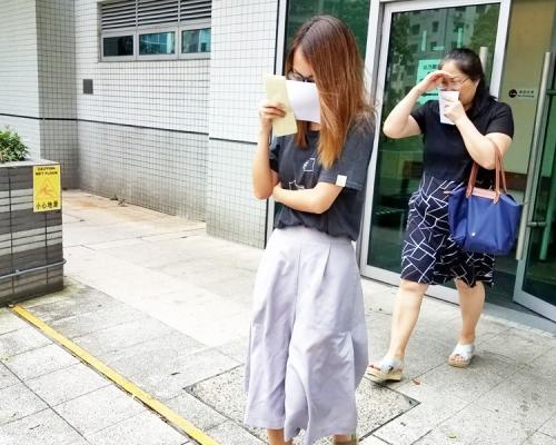 【8.5衝突】涉毀交通燈兼拒出示身分證 5被告共加控至10罪