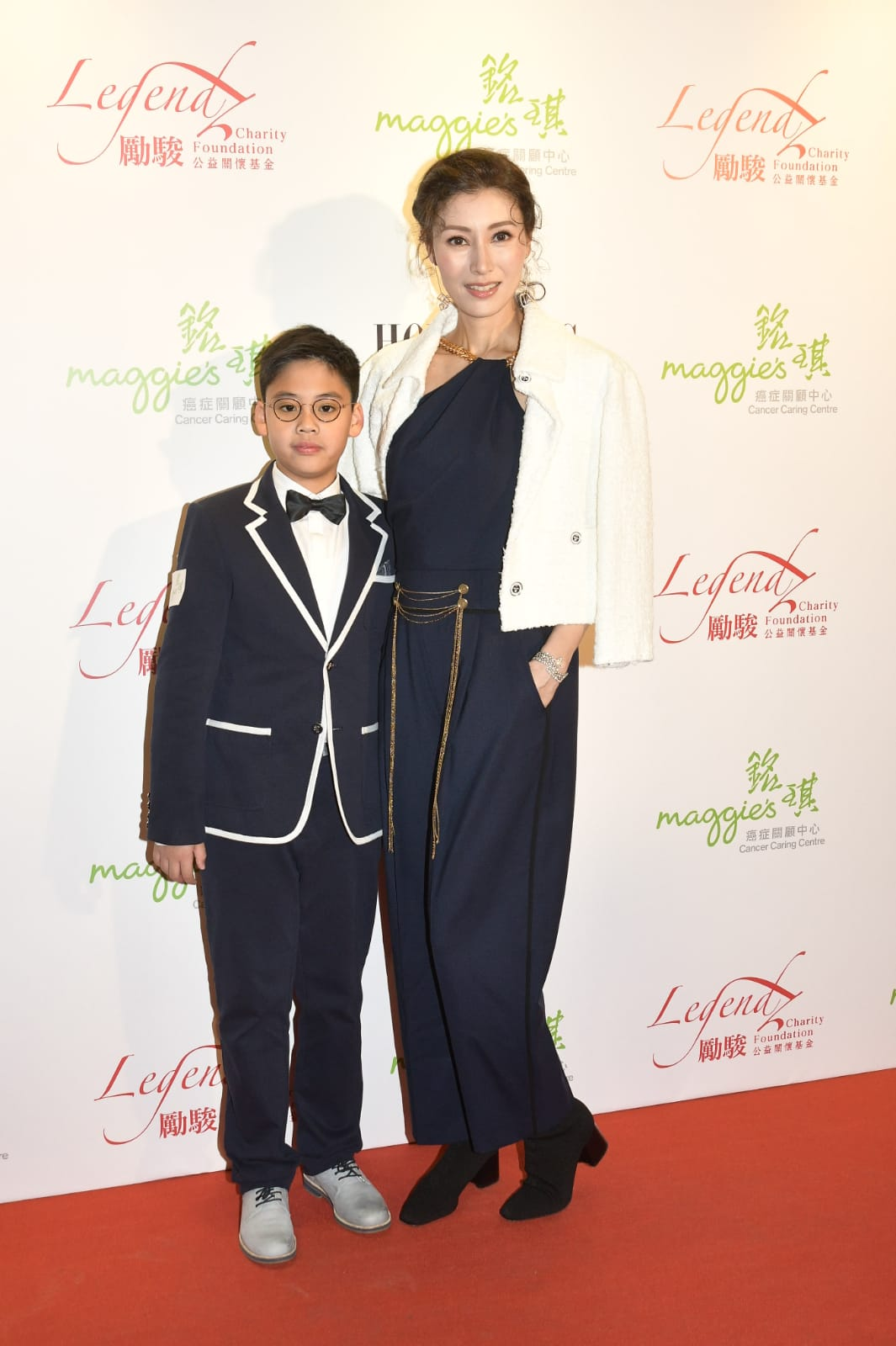 李嘉欣與兒子許建彤齊出席慈善音樂會。