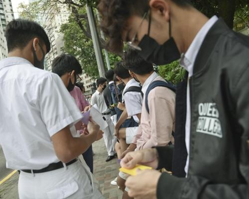 【獨家】多所名校學生示威被捕 包括男拔皇仁等