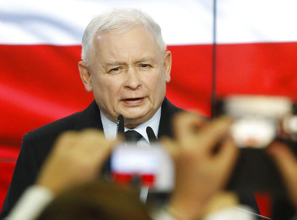 法律正义党由雅罗斯瓦夫领导。