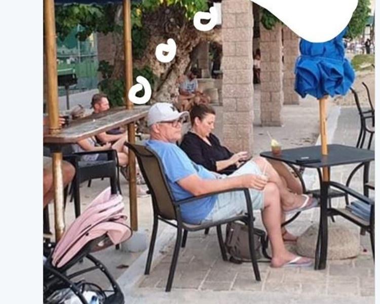 莫理森竟在国家危急时与家人到夏威夷渡假。twitter