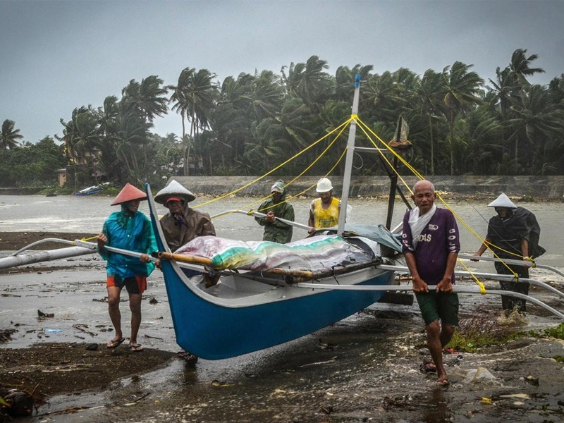 巴蓬圣诞日吹袭菲律宾造成多人死亡。