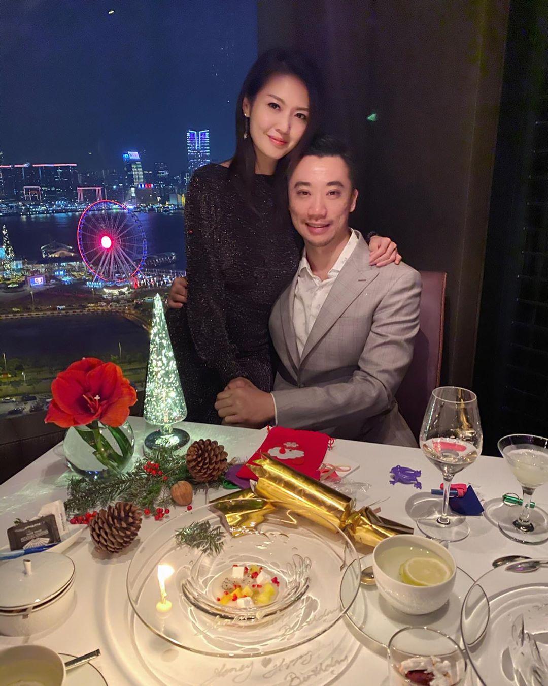 陳庭欣(左)早前先同男友Benny Sweet爆慶祝完聖誕及生日。