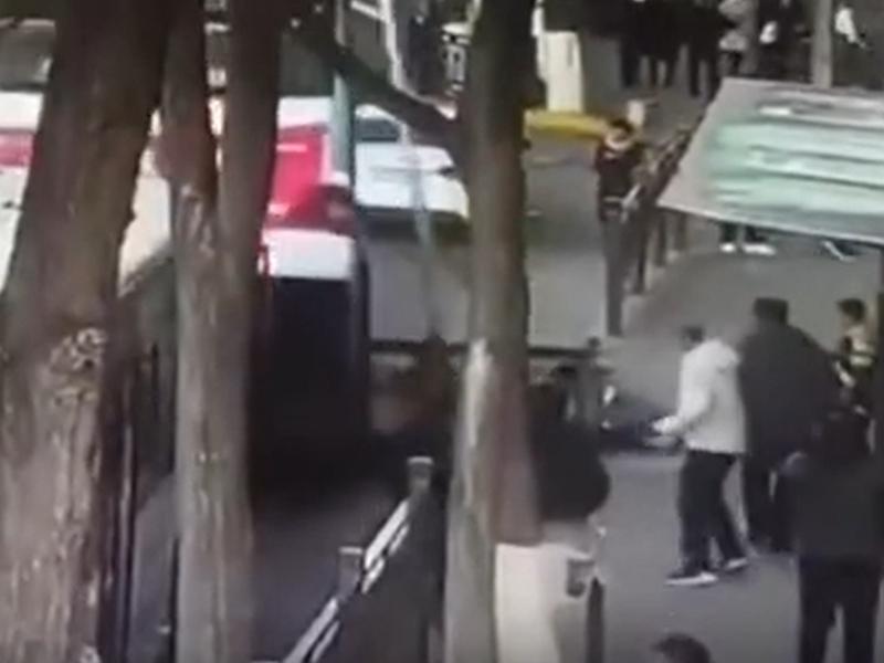 西寧路陷致6死。影片截圖