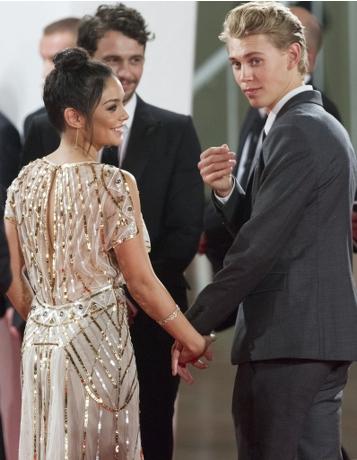雲妮莎與Austin拍拖九年,經常出雙入對。