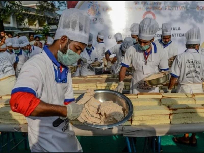 需要印度衆多个厨师烘製。网图