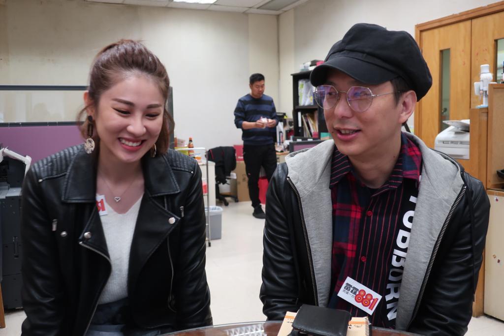 鄧健泓笑說自己學會包容減少香港離婚率。