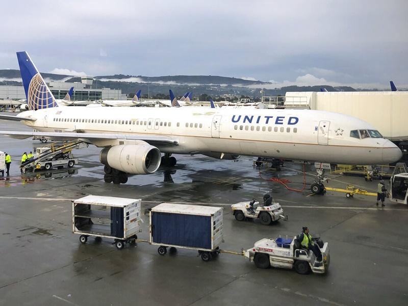 联合航空下月初取消24个来往中美航班。