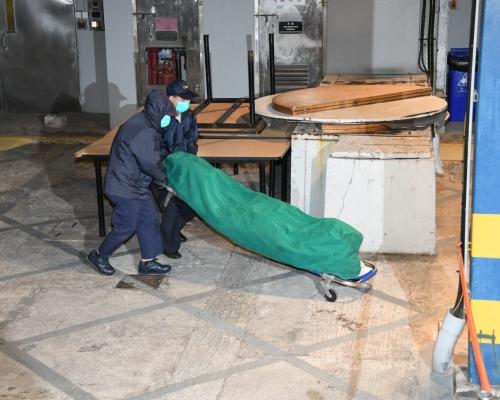 小西灣對開發現黑衣男浮屍 警追查身分