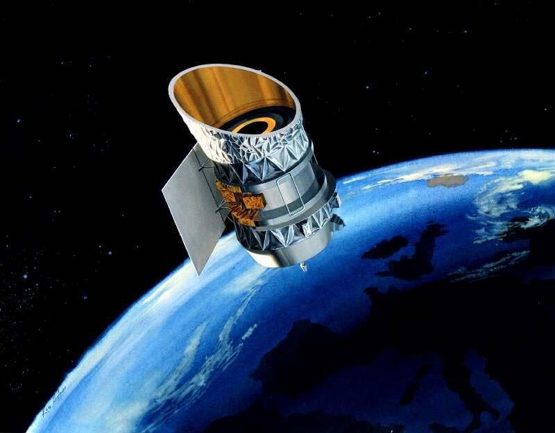 国太空总署于1983年发射升空的 IRAS 太空望远镜。NASA图