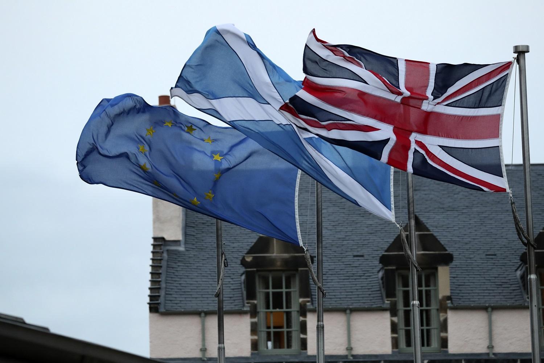 英国于香港时间周六清晨7时脱离欧盟。