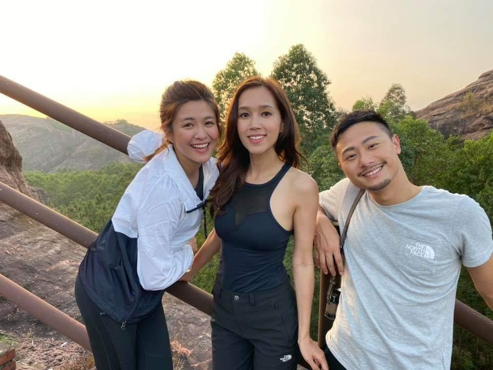 老友合作 傅嘉莉、楊潮凱同江嘉敏拍完《識玩2》結成好友。
