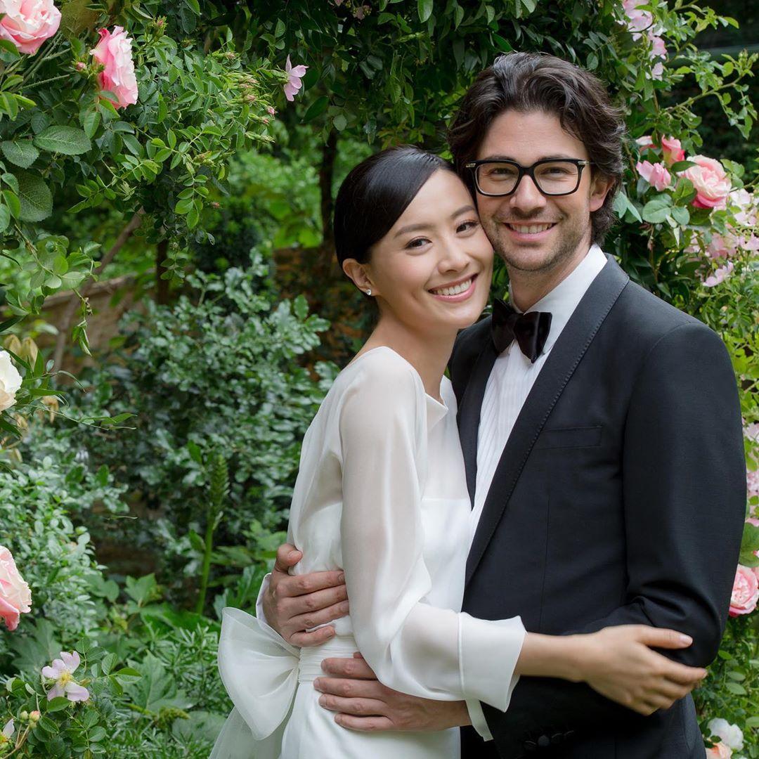 陳法拉於去年5月下嫁法籍男友Emmanuel Straschnov。