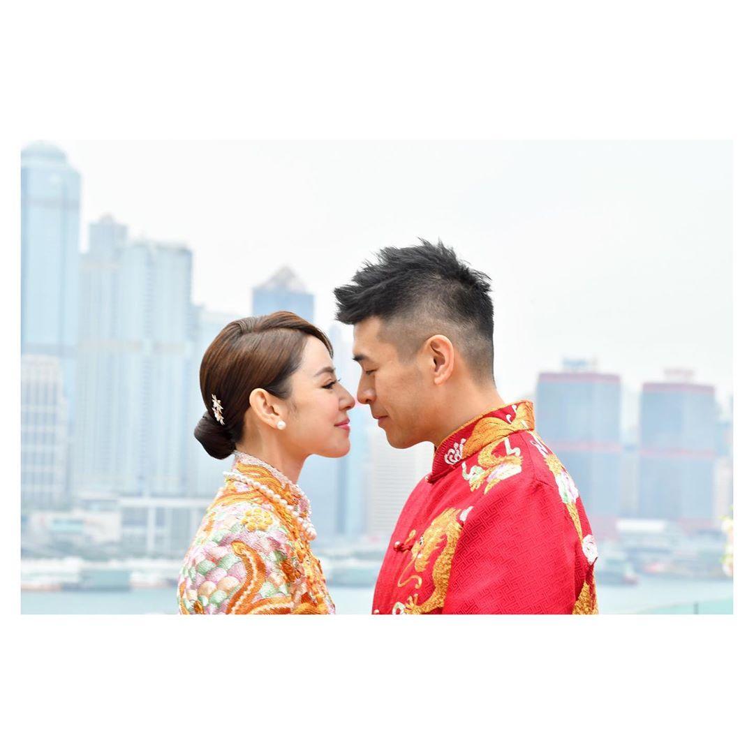 譚凱琪昨日宣佈跟拍拖8年的男友莊日宇已正式結為夫婦。