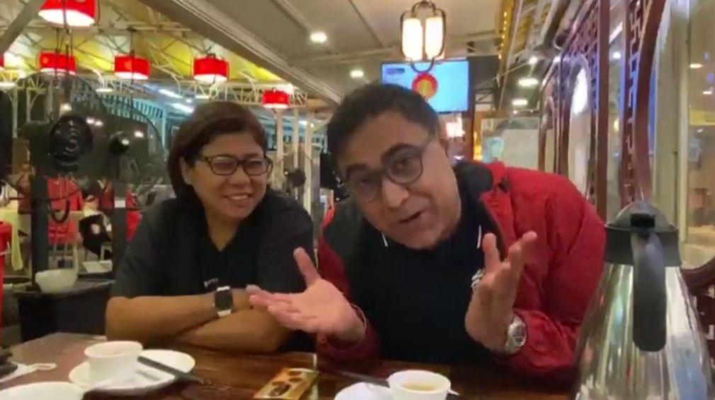 離港當天,「家姐」黑妹姐跟他食完farewell飯送他去機場。
