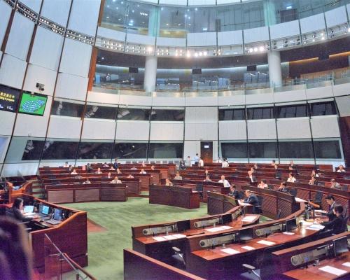 港府反對泛民33項《國歌法》修正案