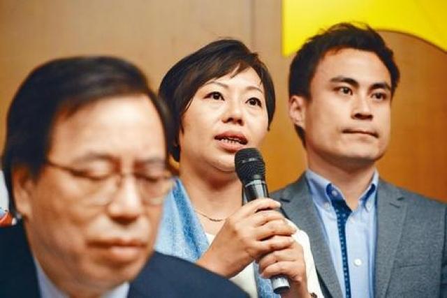 工聯會麥美娟與郭偉強,成為僅有自動當選區議員的兩名現任立法會議員。