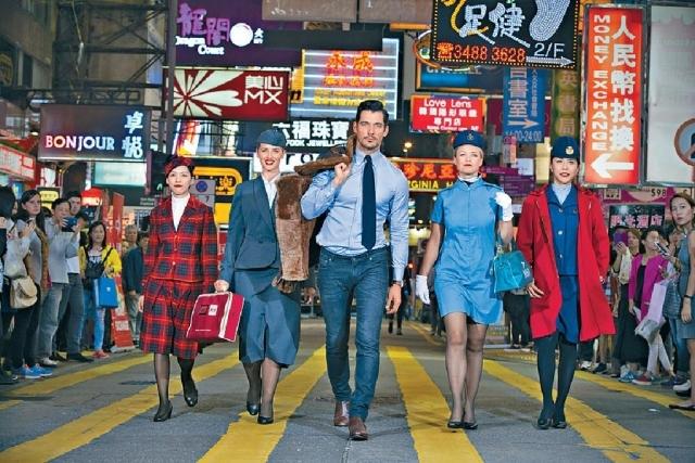 英国超男模david gandy示范二十年代羊皮飞机师外套.