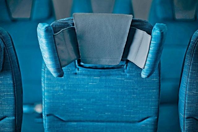 ■頭枕係國泰獨家設計。