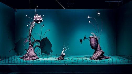 展區「奇幻想像:非男非女也非怪」內其中一組展品。
