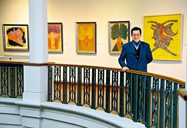 呂豐雅是一位畫家、雕塑家,多年來創作出一套自然主義和抽象意念的新藝術語言。