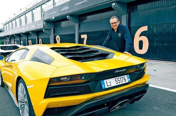 Stefano Domenicali專程到西班牙向傳媒介紹全新Aventador S。