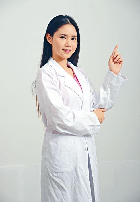 養和醫院風濕病科專科醫生陳嘉恩。