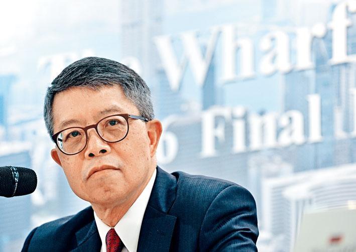 對於有線是否接受新牌,九倉吳天海表示未來日子將很快有決定。
