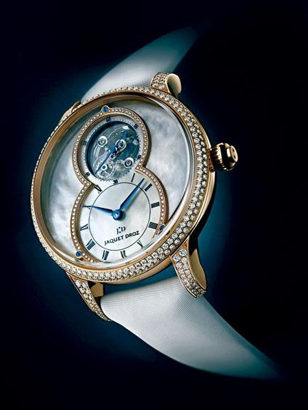 Jaquet Droz以貝母製作表面的Grande Seconde Tourbillon Mother-of-Pearl。