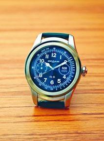 外形設計以同廠1858系列腕表為藍本。