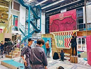 「演藝節」期間共舉辦逾三十場表演藝術活動,梁信慕期望公眾欣賞到學生展示的才藝。