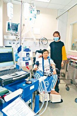 患有心臟衰竭的十一歲男童鄧啟謙,苦候一年仍未有適合移植的屍心。