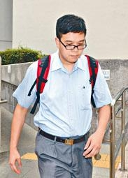男教師入稟控告家長誹謗,要求賠償。