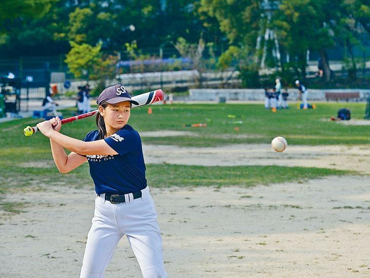 揮棒擊球時的速度、角度及動作都可記錄下來。