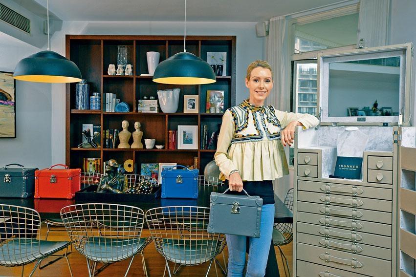 Louisa曾任職於多家著名設計公司,滿腦子與別不同新意念。
