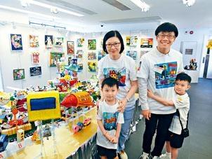 陳易希協助兩名幼童,將其意念製成實物模型,模型車更可升高及行走。