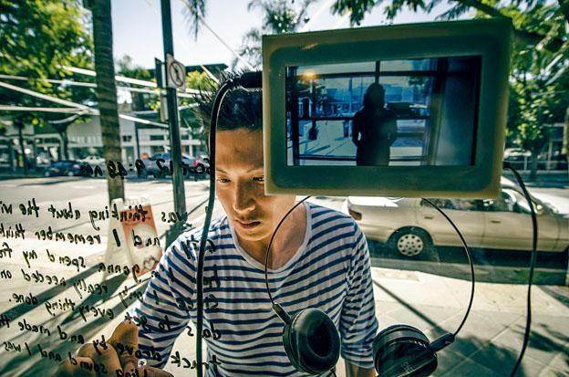 聲音及多媒體藝術家楊嘉輝,活躍於本地及國際藝壇。