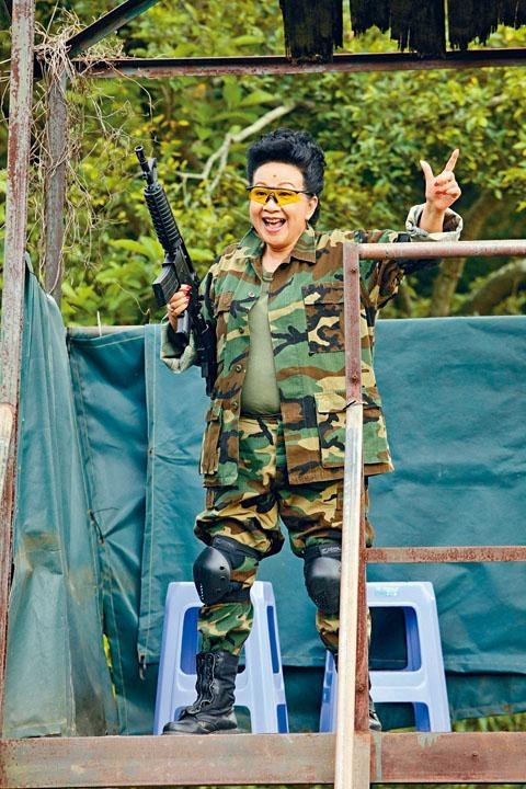 家燕姐為新劇獻出第一次,首度打War Game。